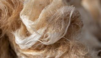繊維系断熱材
