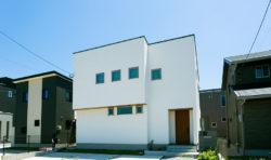 ミニマルなデザインでカッコいいお家