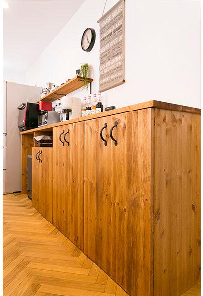 大工さん手作りの造作棚。