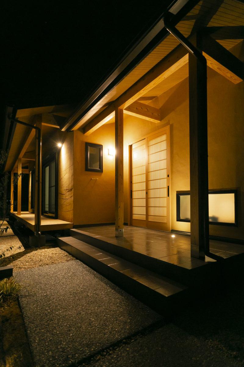 平屋(外観)間取り事例②モダンな落ち着きのある和風平屋室内画像2